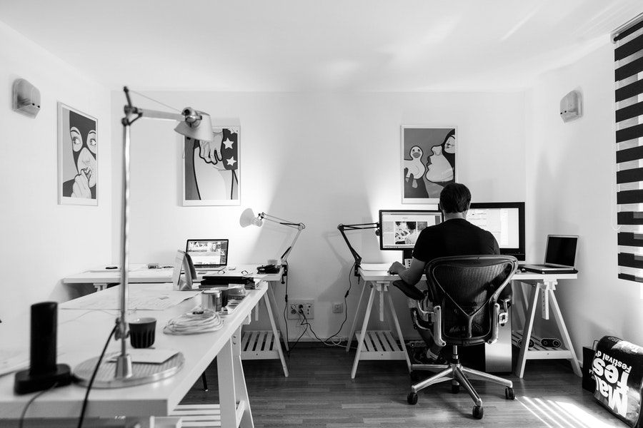 postura correcta en lugar de trabajo