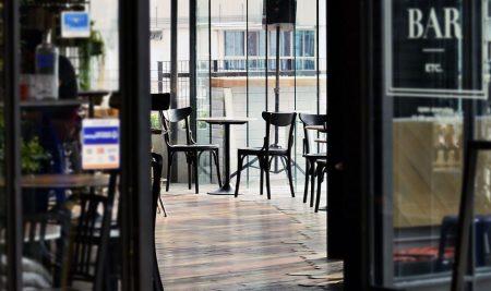 ¿Quieres ser camarero profesional de bar y restaurante?
