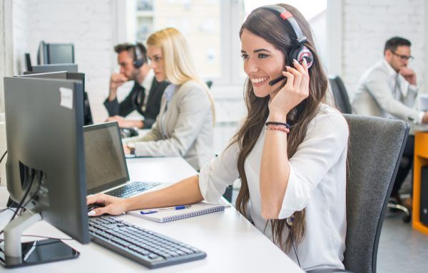 Atención al cliente a través de medios interactivos o digitales (30h)